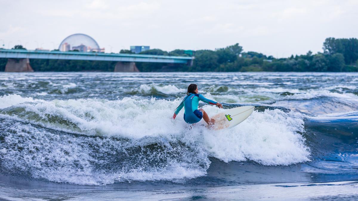 KSF Montréal - SURF - Cours, location, boutique, camp de jour - Surf de rivière - River surfing - Courses, rentals, shop, summer camp