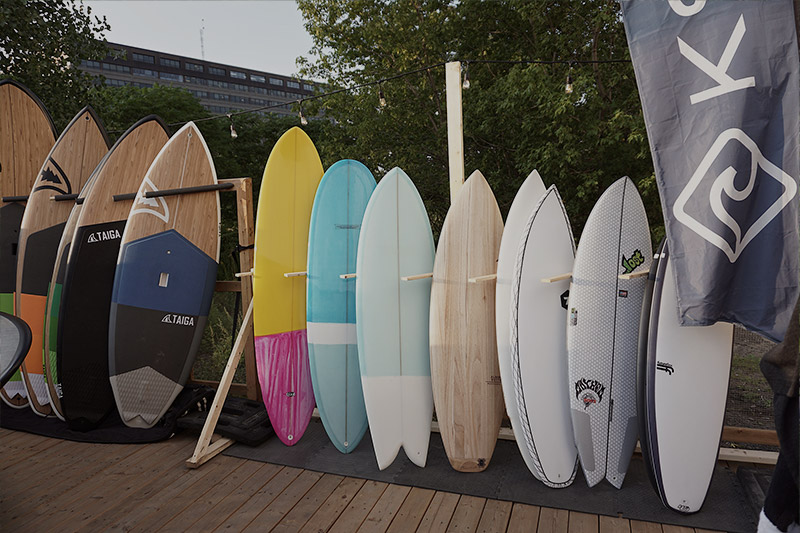 Choosing your first board for Guy's wave in Montreal