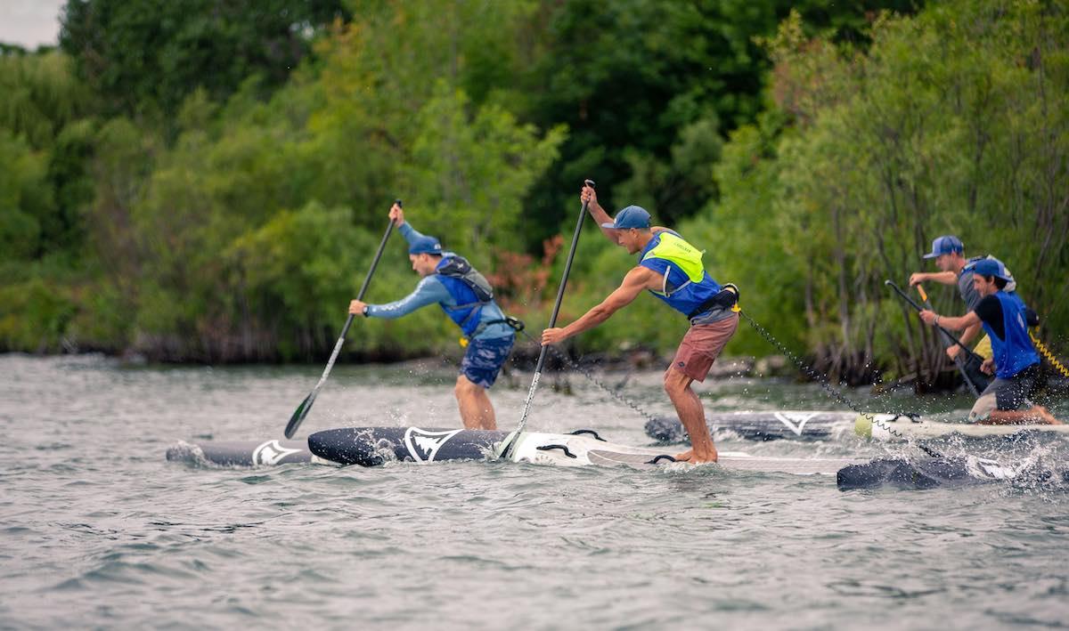 SUP Race Camp - Camp de développement des habileté de course en planche à pagaie offert par KSF Montréal. - Photo Mike Hilteman
